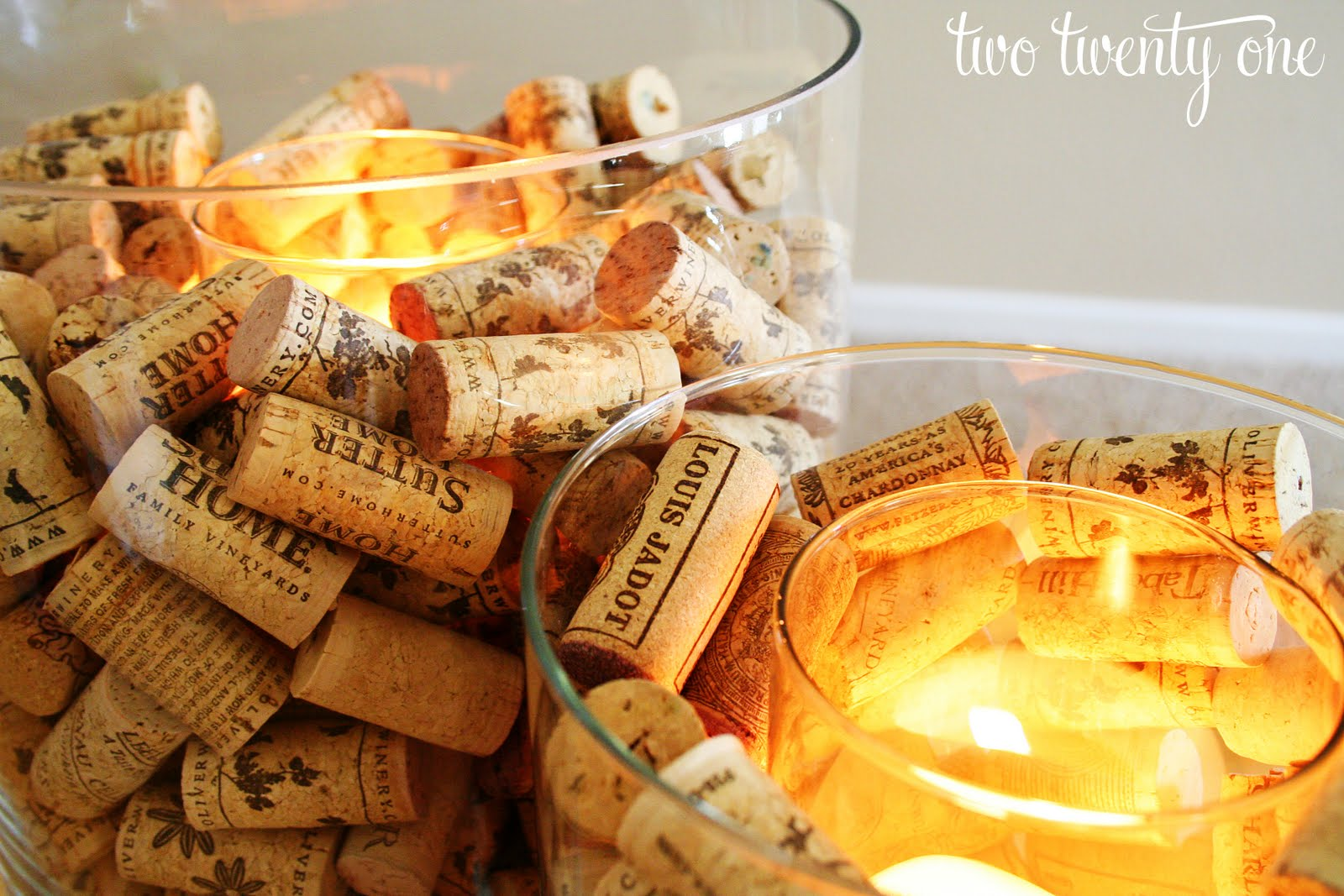 Candle light a must for any season celia bedilia designs for Cool things to do with wine corks
