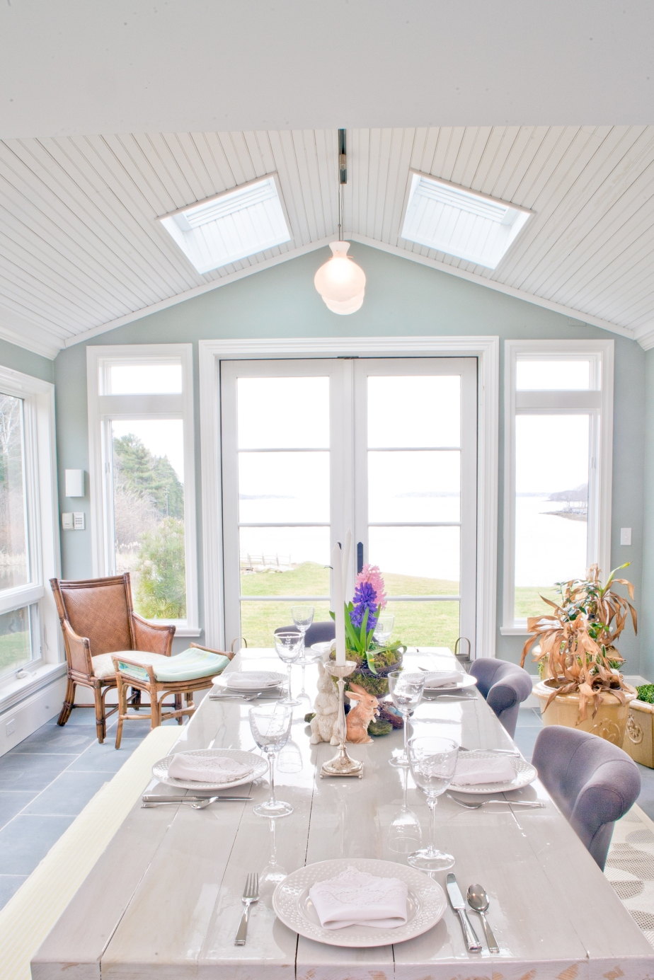 AMAZING BEFORE AND AFTER OF A COASTAL DINING ROOM