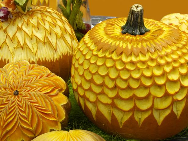 I love the way these pumpkins look. This carving is so elegant.