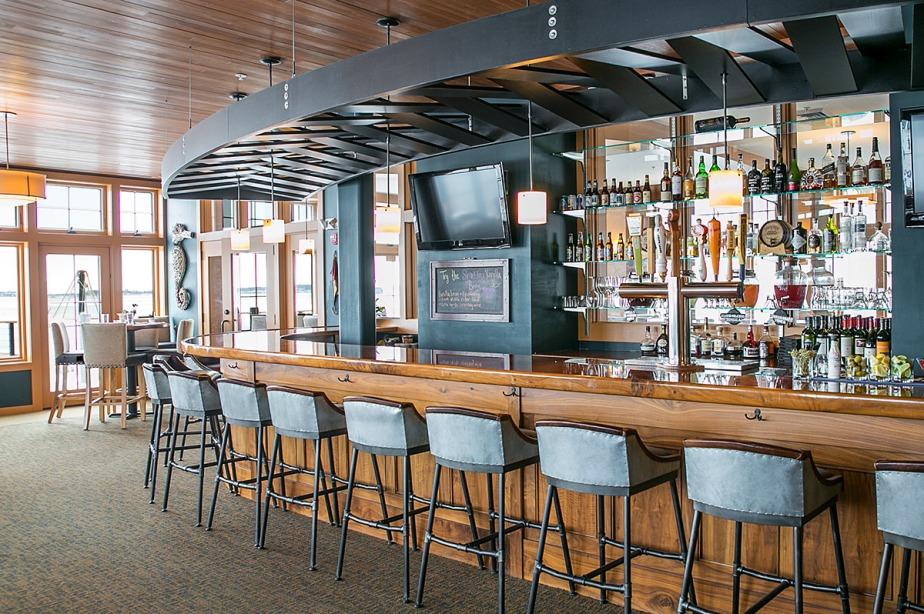 dockside-bar