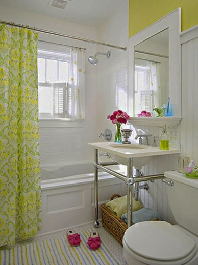 White bathrooms are clean and fresh. This one is from Fresh Home.