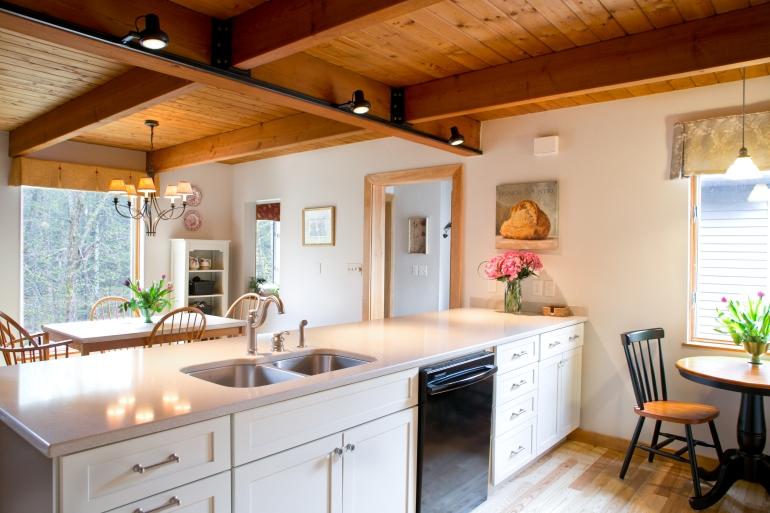 charest kitchen2