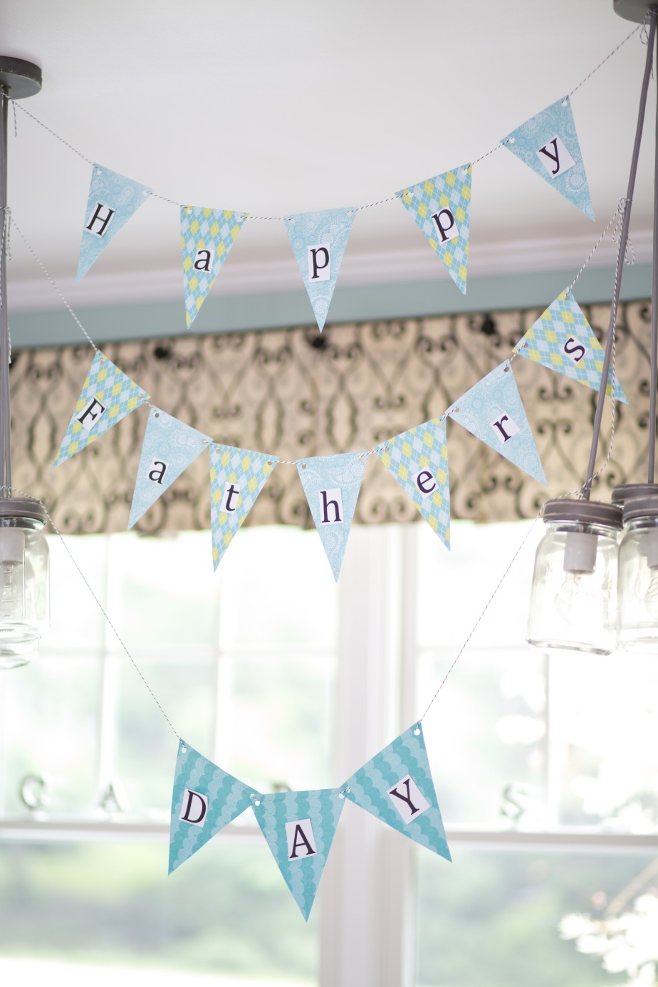Fun & Inexpensive Father's Day Decoration