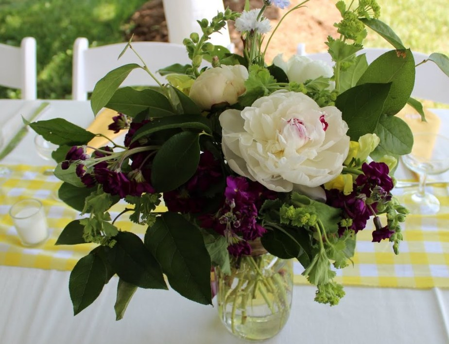 What you need to know about wedding flowers