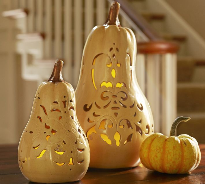 Are you hosting thanksgiving deck your halls for fall