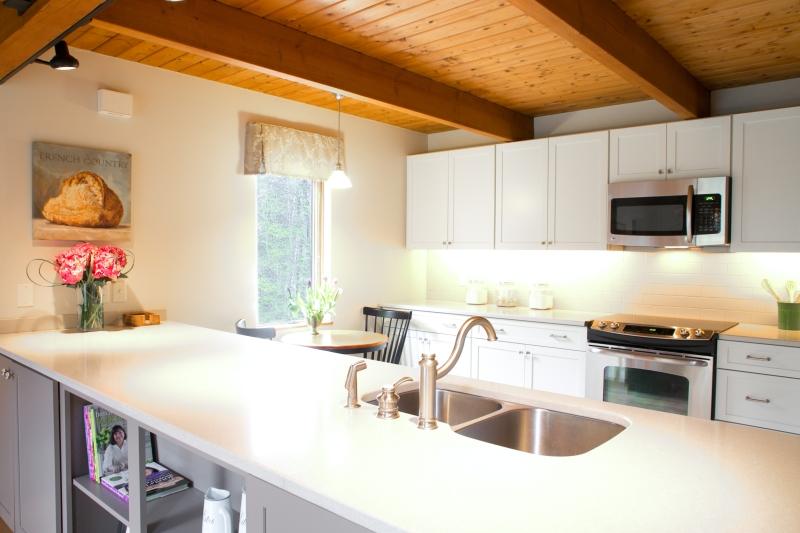 Charest kitchen1