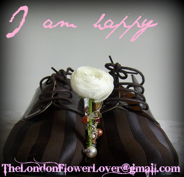 I am happy: Flowers to wear and music to danceto