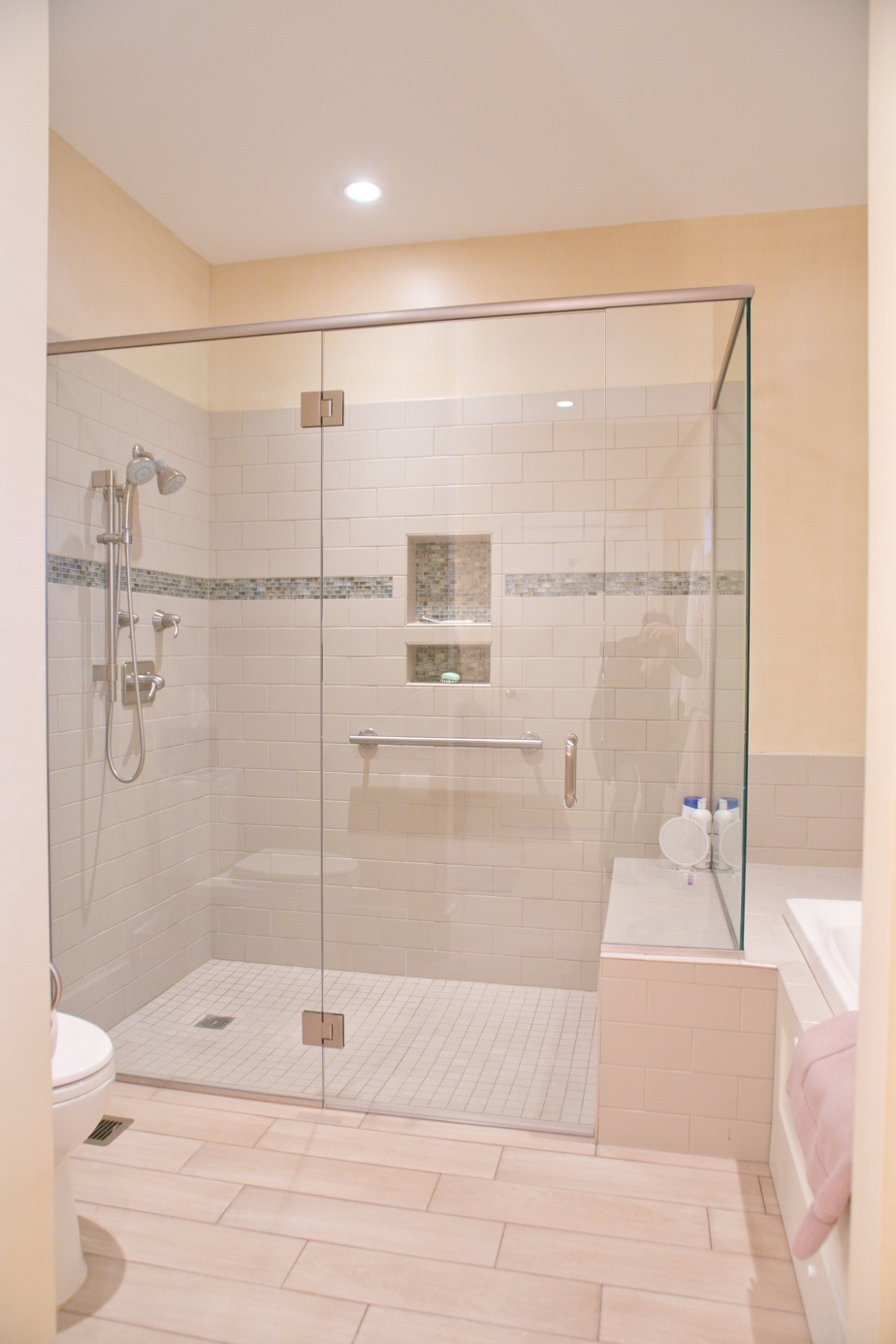 Farmhouse Bathroom Musts