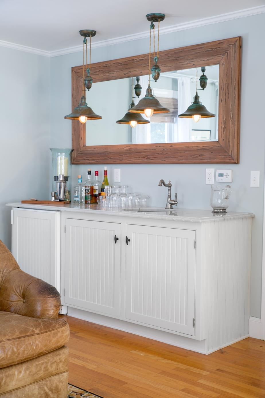 Living Room Bar